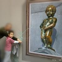 带儿子去看3D画展!